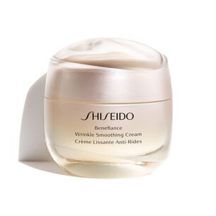 Wrinkle Smoothing Cream - Shiseido, Tages-, Nachtpflege