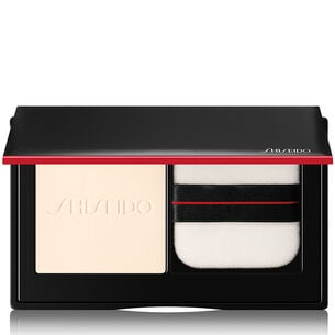 Synchro Skin Invisible Silk Pressed Powder - Shiseido, Gesicht